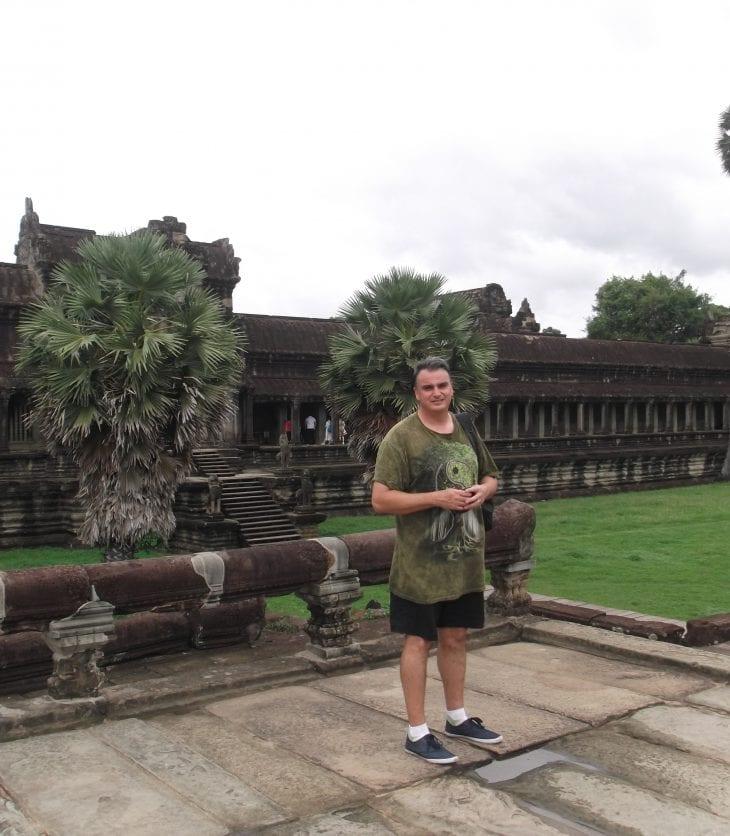 CSU MBA student Brad Cutts visiting Angkor Wat, Cambodia